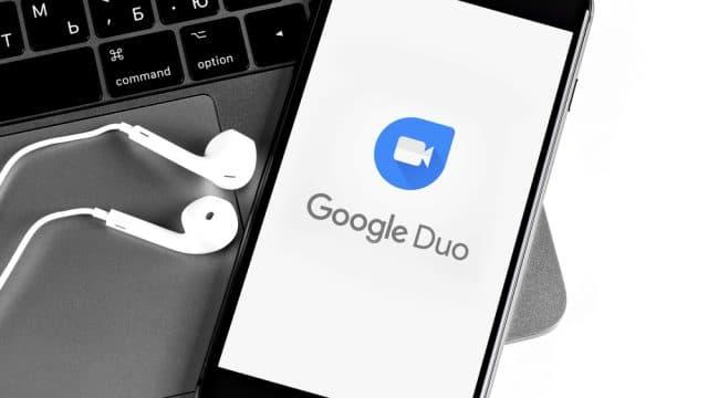 https://vidacelular.com.br/wp-content/uploads/2020/10/Google-Duo-lança-legendas-automáticas-em-tempo-real-640x360.jpg