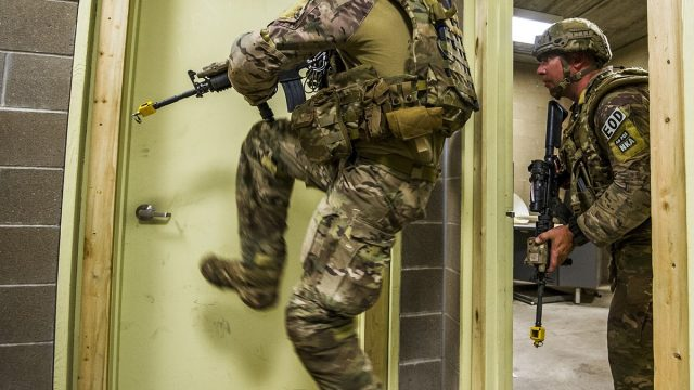 https://vidacelular.com.br/wp-content/uploads/2020/11/soldiers-2679304_1280-640x360.jpeg