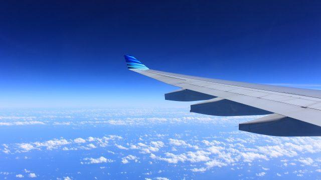Governo dos EUA desiste de liberar uso de celular no avião