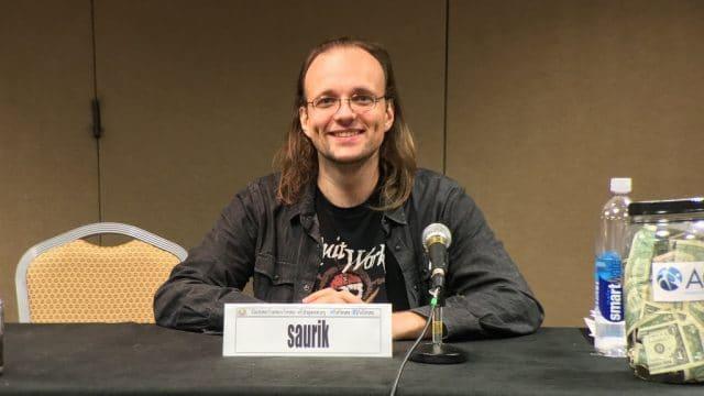 """Jay """"Saurik"""" Freeman, fundador da Cydia e político norte-americano"""