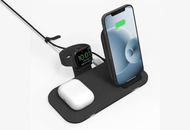 Imagem lateral da base da Mophie carrega iPhone, AirPod e Apple Watch ao mesmo tempo