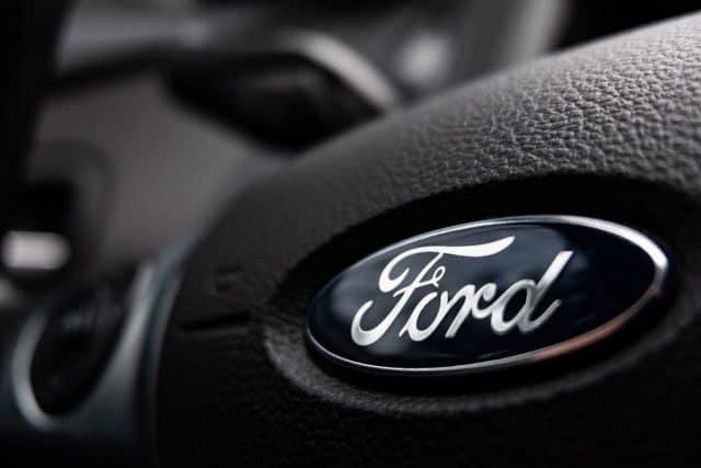 Volante do Ford Focus em detalhe