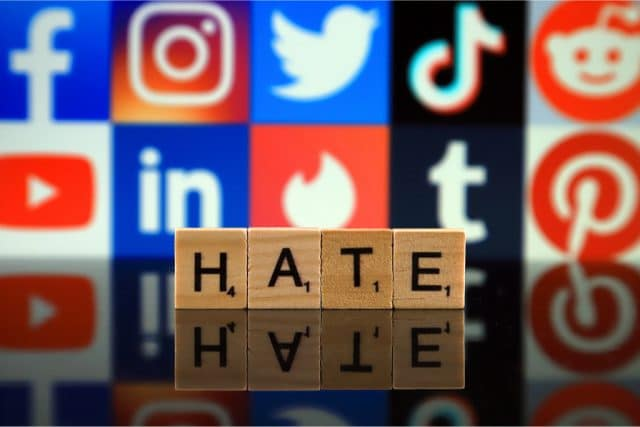 Facebook ódio